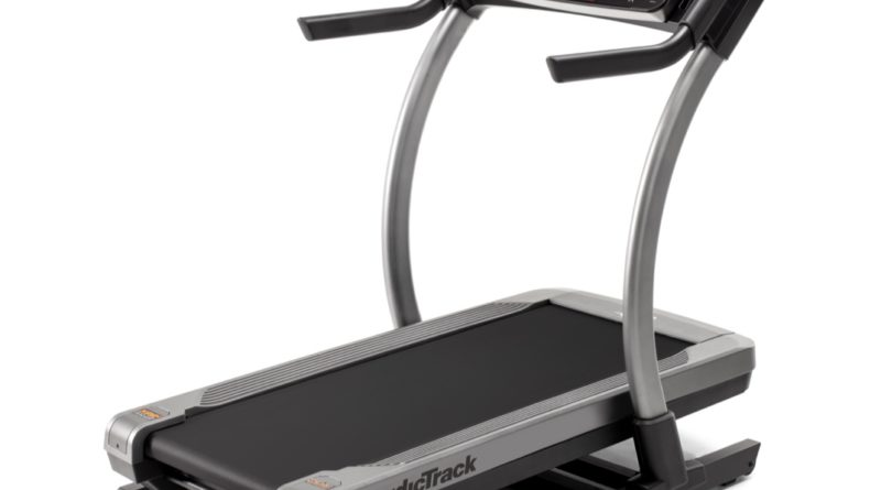 nordictrack x11 vs x22 incline trainer